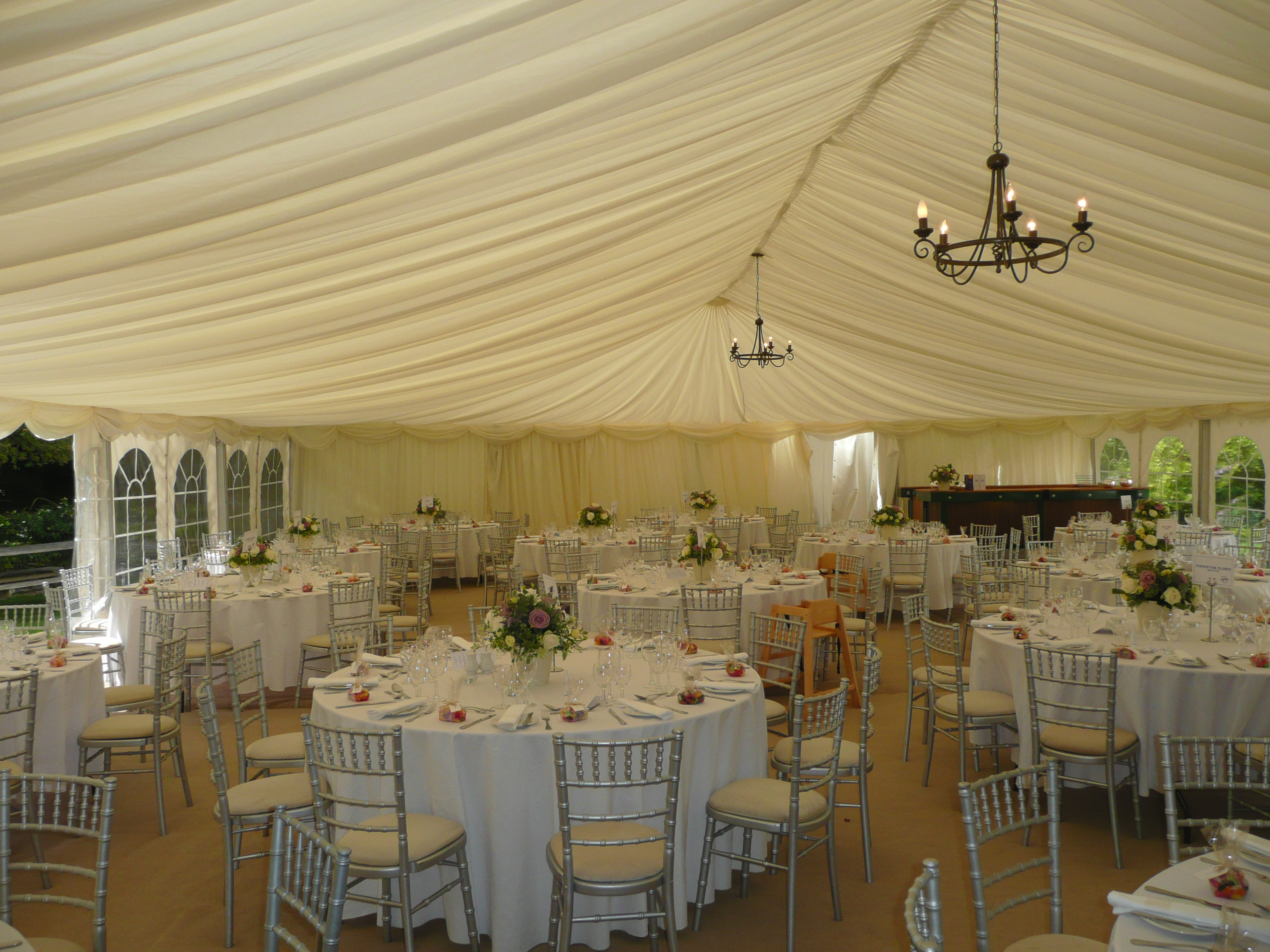 Planning Your Wedding Reception In A Marquee